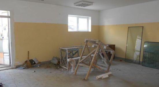 The room under the shop / office in the center of Kherson