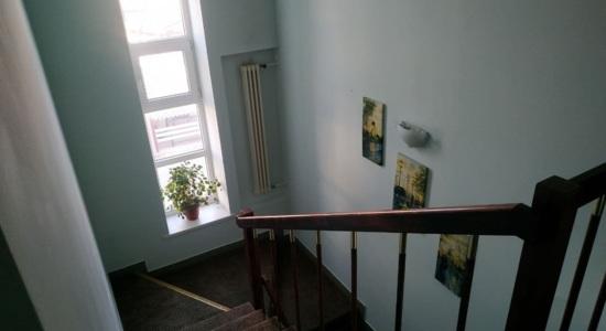 Триповерховий будинок в Києві, Печерський район