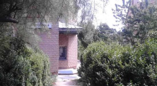 Трехэтажный дом в с. Горбаневка, Полтавская обл., Полтавский р-н