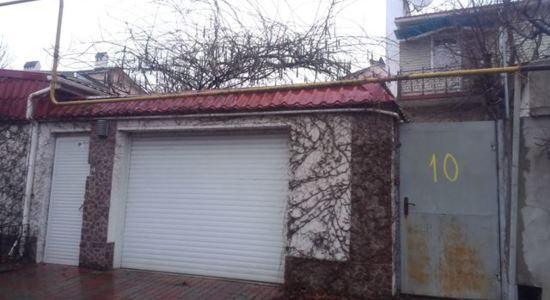 Two-storey house in Odessa, Bernardazzi street