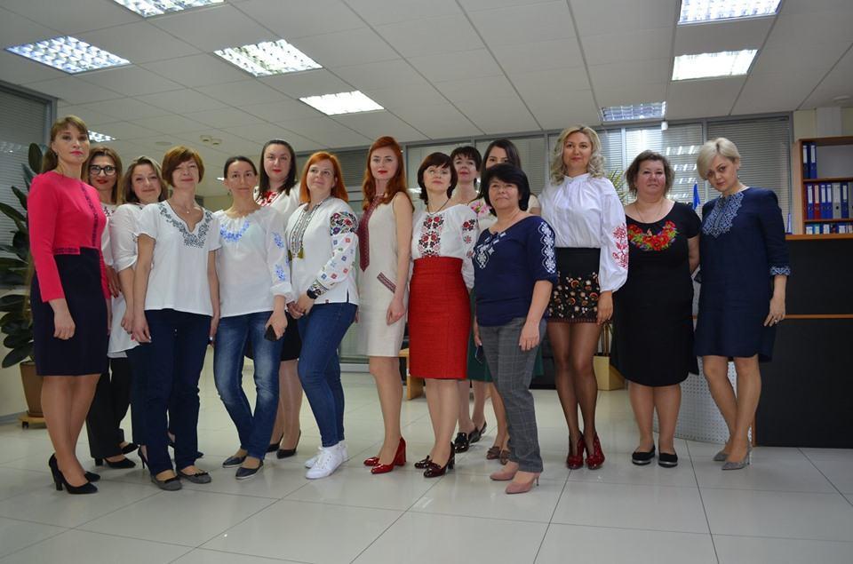 Happy Embroidery Day! - photo - mtb.ua